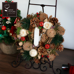 wreath-25nat